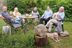 Mai 2020 - Sitzung draußen mit Coronaabstand